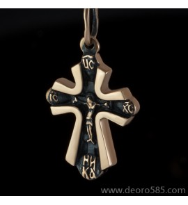 Золотой крест с чернением (код 10022)